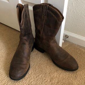 NWOT Ariat Cowboy Boots